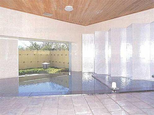 中古マンション-伊東市富戸 [温泉大浴場]源泉かけ流しの温泉大浴場です。