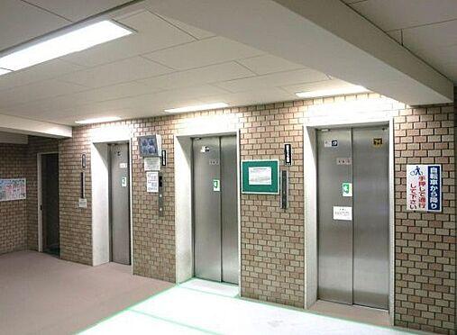 マンション(建物一部)-大阪市北区中津2丁目 エレベーターは複数機あるから、混み合う時間帯も安心