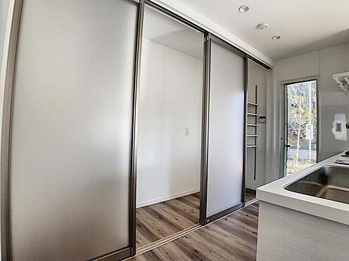 新築一戸建て-名古屋市守山区小幡北 冷蔵庫や調味料などをスッキリ収納!生活感が出ずスッキリ生活することができます!