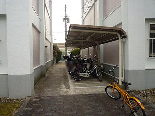 区分マンション-京都市南区吉祥院石原南町 駐輪場や駐車場もあるから駅へのアクセスも便利です。。