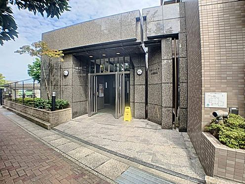 中古マンション-名古屋市守山区緑ヶ丘 落ち着いた雰囲気のエントランス