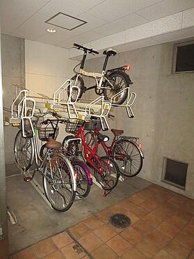 マンション(建物一部)-大阪市中央区常盤町2丁目 雨風で汚れない駐輪スペース
