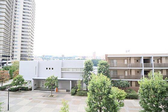 中古マンション-八王子市別所1丁目 住戸からの眺望写真。