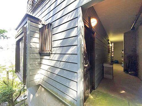 中古一戸建て-伊東市宇佐美 ≪玄関入口≫ こちらが1階の玄関入口です。