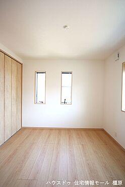 戸建賃貸-高市郡明日香村大字岡 全室フローリング貼でお掃除楽々!清潔に保てます。2面採光で風通しも問題ありません。