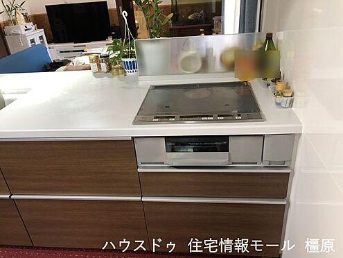 戸建賃貸-桜井市大字粟殿 お子様やお年寄りでも安心なIHクッキングヒーターを設置したオール電化住宅です。
