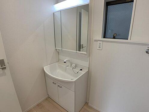 戸建賃貸-名古屋市西区上小田井1丁目 洗濯機を置いても十分な広さのある洗面所