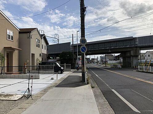 新築一戸建て-安城市城南町1丁目 前面道路約15m 間口5mスーパー公園、病院など充実した周辺環境。