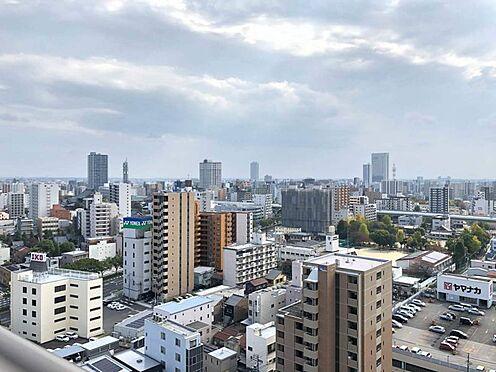 中古マンション-名古屋市中区松原2丁目 夜はライトアップされた名古屋の街並みを眺めて過ごすのはいかがでしょうか。