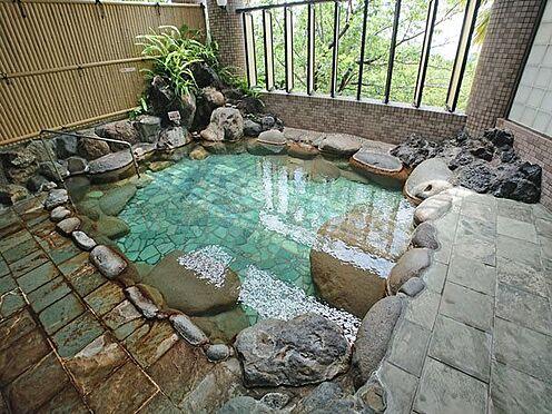 中古マンション-賀茂郡東伊豆町奈良本 開放的な露天風呂もございます。