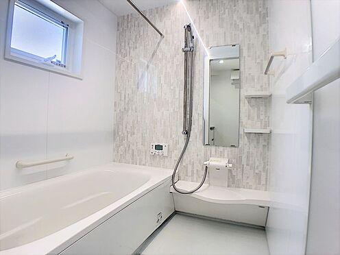 戸建賃貸-西尾市吉良町上横須賀池端 バスルーム・トイレの独立設計で快適な毎日