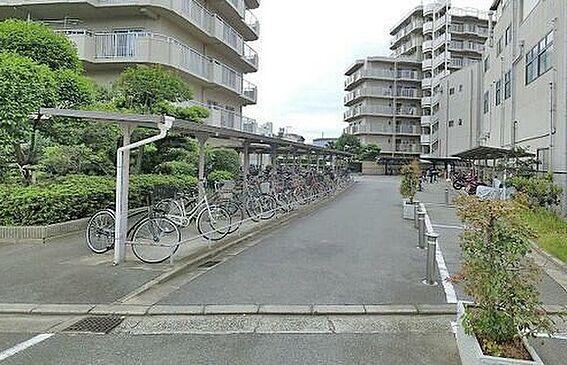 マンション(建物一部)-大阪市平野区加美西2丁目 キレイに手入れされた共用部