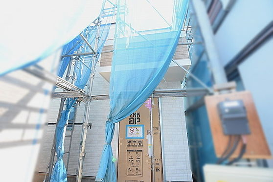 新築一戸建て-足立区興野2丁目 玄関