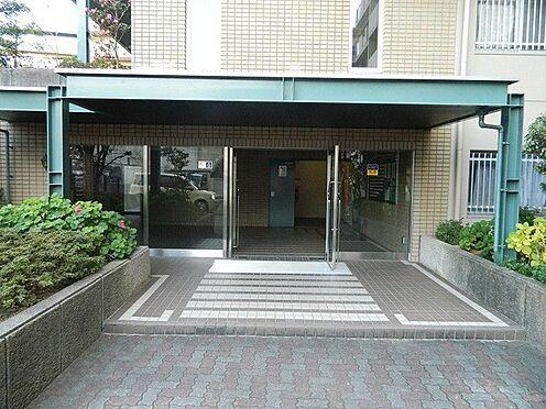 マンション(建物一部)-神戸市西区伊川谷町有瀬 明るく綺麗なエントランス。