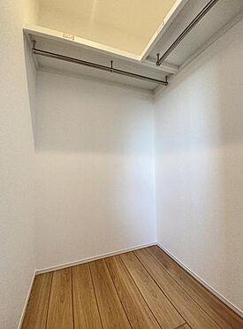 新築一戸建て-福岡市西区拾六町4丁目 収納完備でお部屋を広く使用できます。