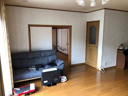 中古一戸建て-豊田市志賀町下番戸 LDKには和室が2部屋隣接しています。来客用に、お子様のお昼寝用に、様々な使い方ができます。