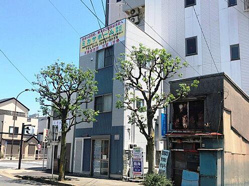 店舗付住宅(建物全部)-横須賀市安浦町3丁目 平坦地。国道16号から目立つ場所です。