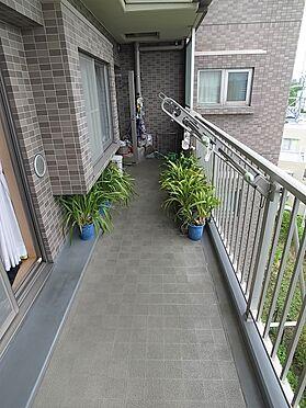 中古マンション-横浜市港南区野庭町 ワイドバルコニー掲載中の家具、調度品等は販売価格に含まれません