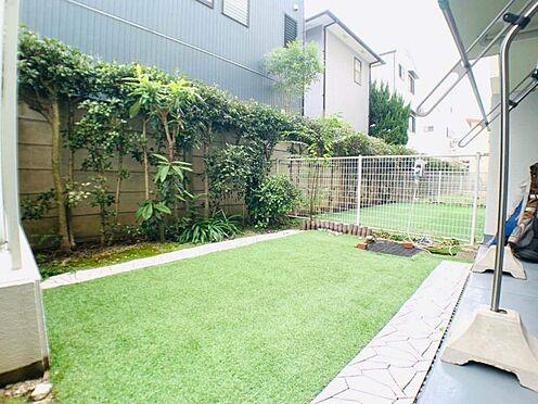 中古マンション-名古屋市昭和区元宮町3丁目 マンションには珍しいお庭付きで家庭菜園もできます♪日当り、風通しが良くお庭もあります!