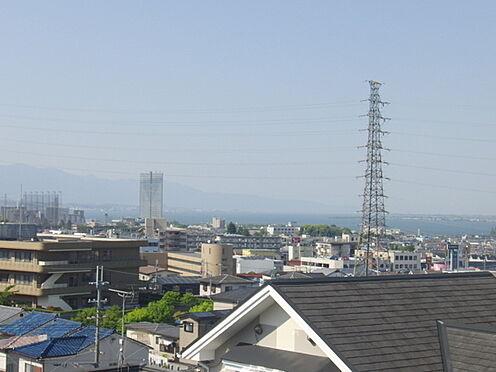 建物全部その他-大津市富士見台 夜は一転、落ち着いた夜景を楽しむこともでき、琵琶湖も一望。