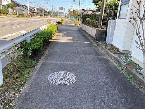 土地-岡崎市竜泉寺町字下北野尻 ゆったりとしたお家はもちろん、庭スペースや駐車スペースも十分に確保することが出来ます。