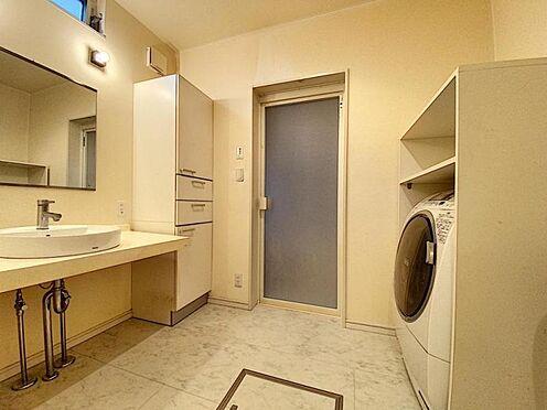 中古一戸建て-福岡市西区豊浜2丁目 一階洗面所です☆