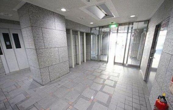 マンション(建物一部)-大阪市北区豊崎1丁目 明るい印象のエントランス