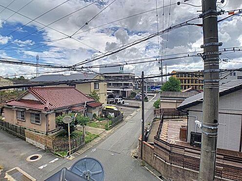 中古一戸建て-知立市牛田町小深田 3方向を道に面しているので、見晴らしがよくお家の周りをぐるりと見渡せます。
