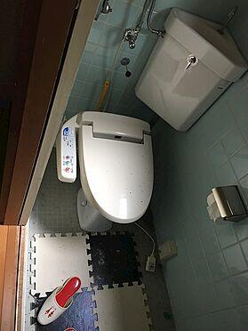 中古一戸建て-田方郡函南町平井 シャワー付きトイレ。戸建てのリフォームも弊社関連会社のロイヤルインテリア(株)にお任せください。