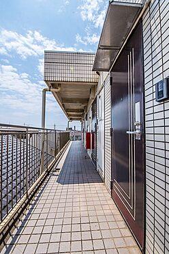 アパート-浦安市富士見2丁目 4階廊下