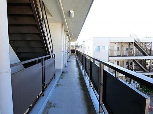 マンション(建物全部)-川口市戸塚東1丁目 共用廊下