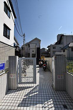 アパート-世田谷区三宿2丁目 正面入り口