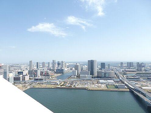 中古マンション-中央区晴海2丁目 バルコニーからの眺望。豊洲・東雲方面を望む