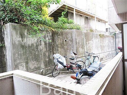 区分マンション-横浜市保土ケ谷区和田2丁目 バルコニーからは緑が見えます。