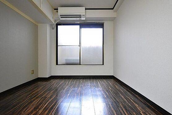 一棟マンション-大阪市東住吉区今川7丁目 105号室と505号室は室内リフォーム済みで、月額賃料27,000円(共益費2,000円込)で賃貸募集中です。エアコンも付いています。