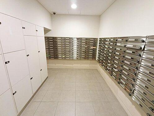 マンション(建物一部)-大阪市淀川区十三本町1丁目 宅配ボックスとメールボックスがあり便利です