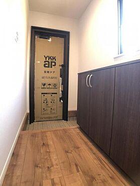 中古一戸建て-福岡市早良区飯倉4丁目 ゆとりある玄関スペースです。