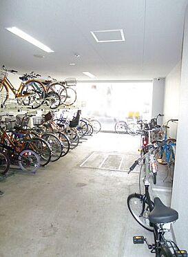 マンション(建物一部)-大阪市浪速区桜川2丁目 明るい印象の駐輪スペース