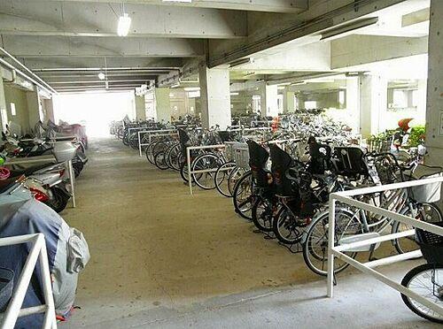 マンション(建物一部)-神戸市西区樫野台5丁目 屋内駐輪スペースあり