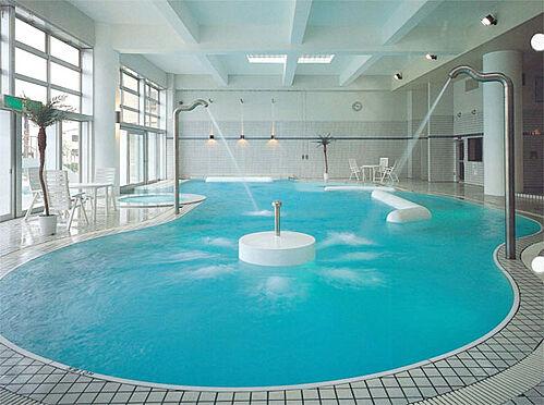 中古マンション-伊東市富戸 屋内プールです。オールシーズン利用可能です。