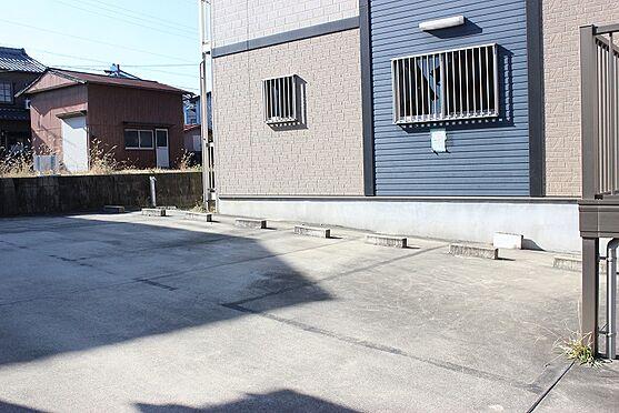 アパート-半田市乙川畑田町3丁目 普通車6台駐車可