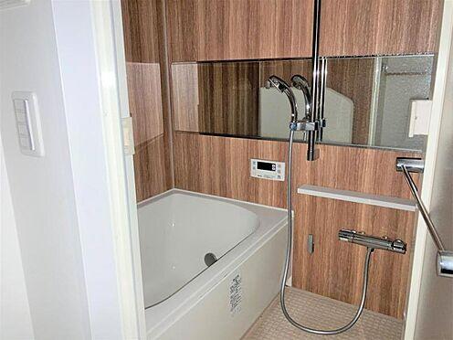 中古マンション-名古屋市千種区池下1丁目 1日の疲れを癒す浴室。ゆったり浸かれます♪