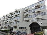 神田川沿いに建つ閑静な住宅街