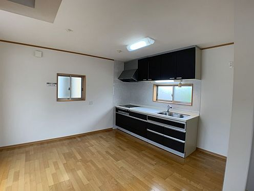 戸建賃貸-刈谷市一ツ木町清水田 ご家族みんなで長い時間を過ごすリビングは一番居心地のいいものであって欲しいですね。