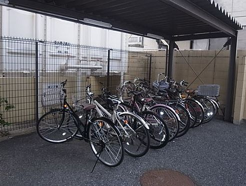 区分マンション-芦屋市精道町 屋根付き駐輪場あり