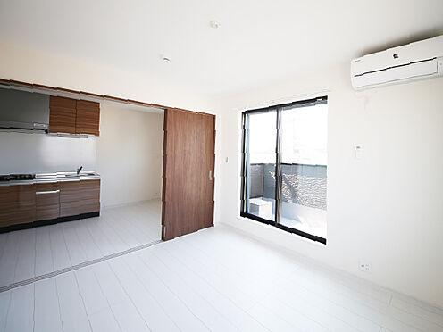 アパート-東大阪市小若江1丁目 エアコン、照明を備えた洋室。