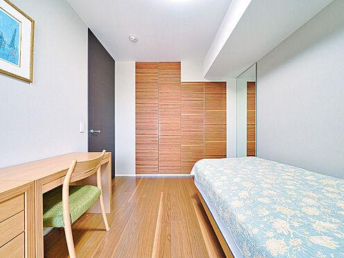 区分マンション-新宿区南元町 洋室約5.5帖(写真の家具・什器は価格には含まれません)