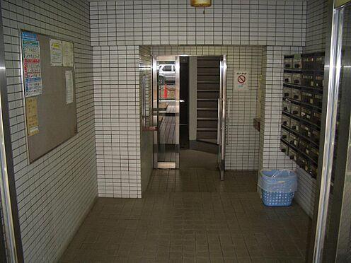マンション(建物一部)-豊島区巣鴨5丁目 エントランスの管理状況も良好です。