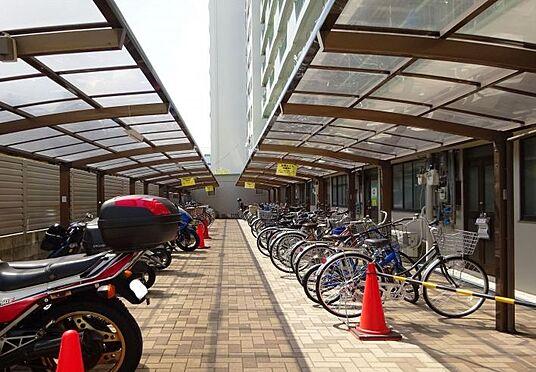 マンション(建物一部)-大阪市淀川区十三本町3丁目 駐輪場は屋根付き