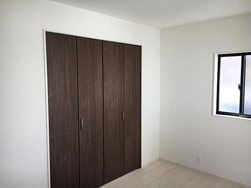 戸建賃貸-大府市北崎町7丁目 各居室に収納ございます!お部屋が綺麗に保てますね♪(こちらは施工事例です)